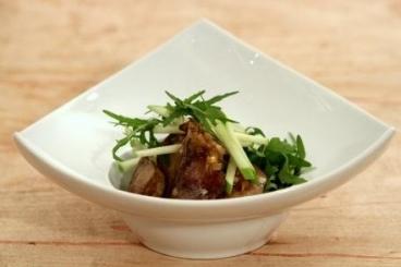 Recette de salade de foies de volaille au vinaigre de xérès facile et ...
