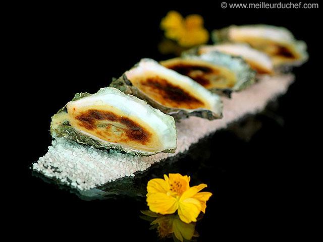 Huîtres gratinées  fiche recette avec photos  meilleurduchef.com