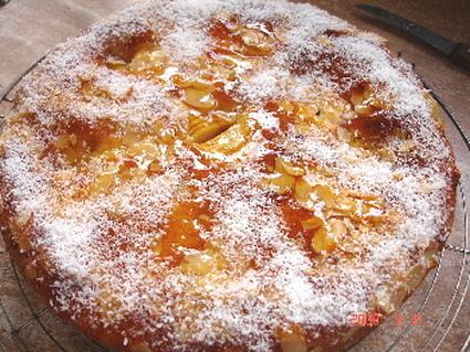 Recette de gâteau aux pommes et aux amandes, arôme frangipane ...