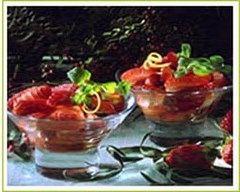 Recette fraises au vin et aux deux poivres