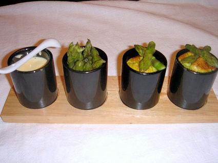 Recette de flans d'asperge, sauce hollandaise