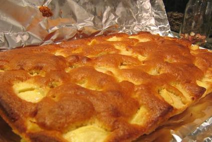 Recette de clafoutis aux pommes, poires et fruits secs
