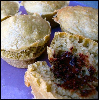 Recette de muffins au thé matcha, coeur au chocolat