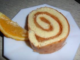 Gâteau roulé à la pomme et à l'orange pour 8 personnes