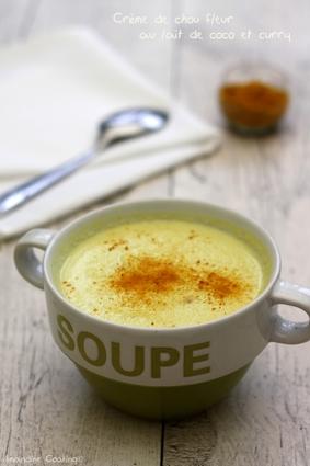 Recette de crème de chou fleur au lait de coco et curry
