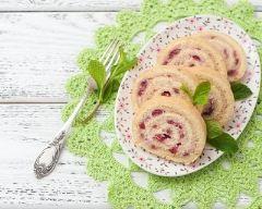 Recette gâteau roulé aux framboises et chocolat blanc