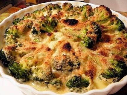 Recette de gratin de brocolis, jambon et sauce béchamel