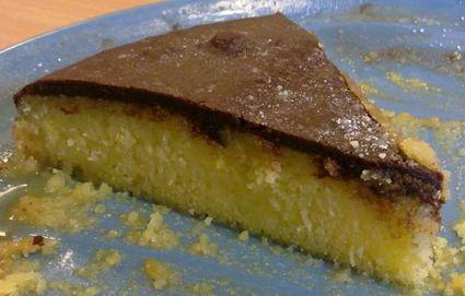 Recette de gâteau à l'orange avec glaçage chocolat