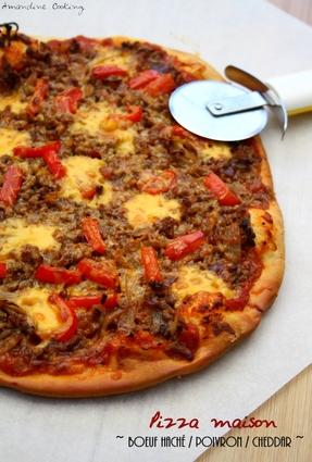 Recette de pizza au boeuf haché, poivron, cheddar et sauce ...