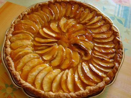 Recette de tarte aux pommes caramélisées au miel à l'ancienne