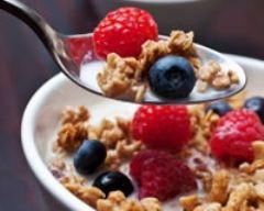 Recette coupes de fruits au muesli et au yaourt