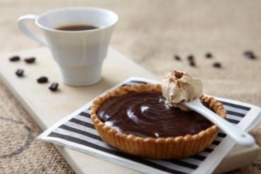 Recette de tartelette au chocolat et crème capuccino facile et rapide
