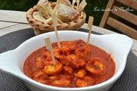 Recette de crevettes à la sauce tomate épicée au curcuma et aux ...
