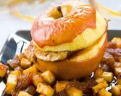 Recette pomme gala, foie gras, sauce flambée, marrons glacés et café