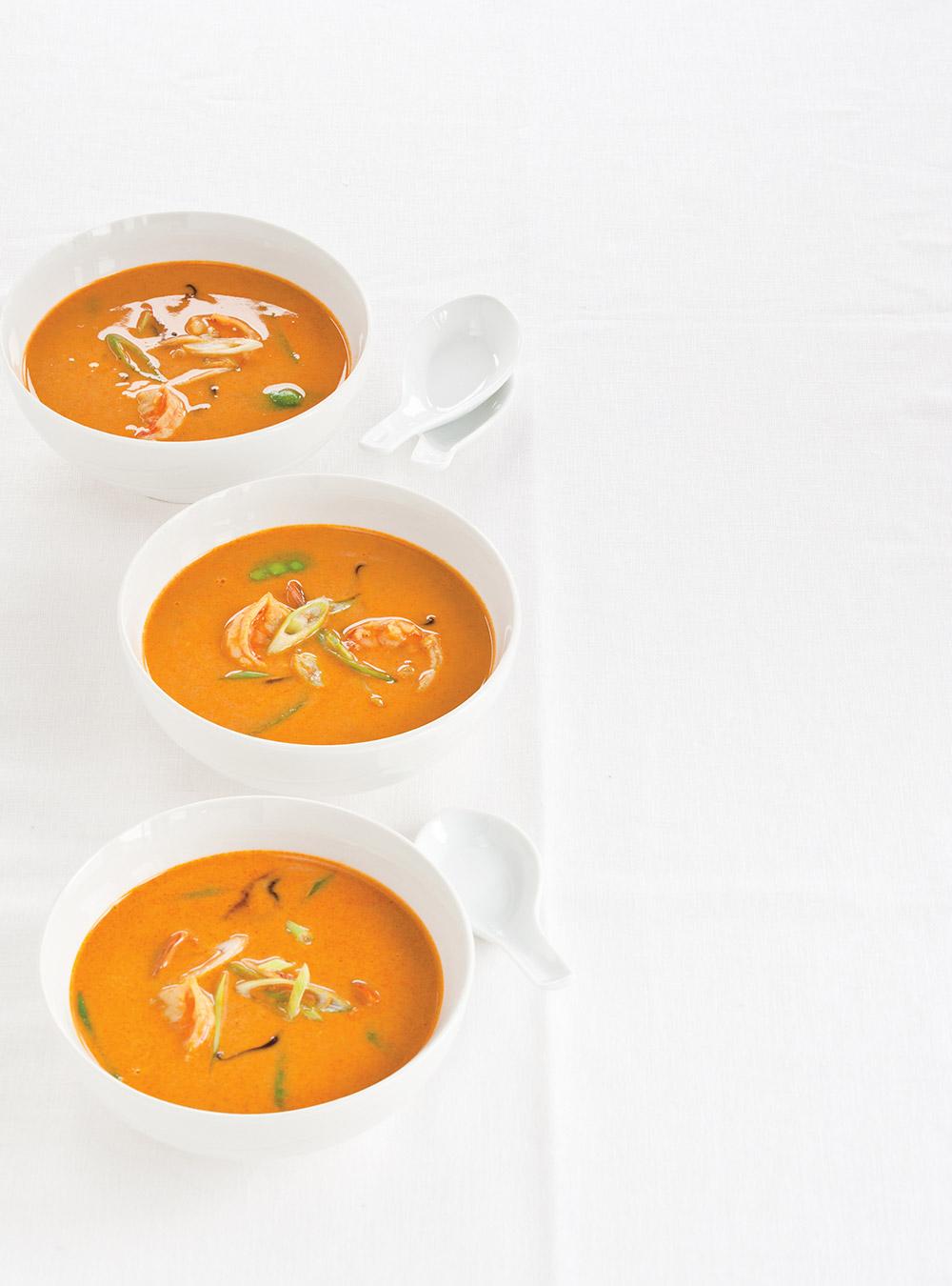 Soupe thaïe aux crevettes et au lait de coco | ricardo