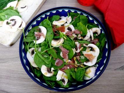Recette de salade épinards-champignons-jambon