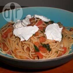 Recette spaghetti au chèvre avec sauce tomate au basilic – toutes ...