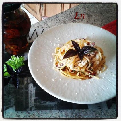 Recette de spaghetti aux tomates séchées au parmesan et au ...
