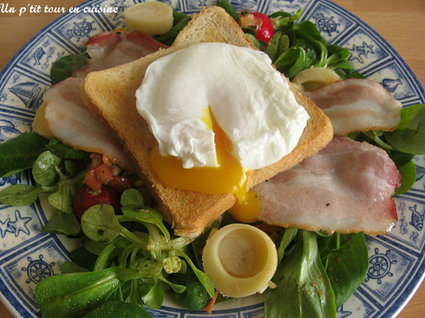 Recette de petite salade fraîcheur aux œufs pochés