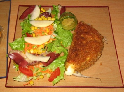 Recette de salade composée et son reblochon pané