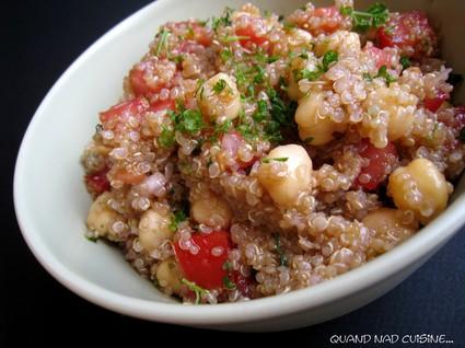 Recette de salade de quinoa aux pois chiches et tomates