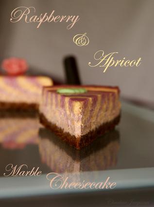 Recette de cheesecake marbré abricot-framboise à la faisselle
