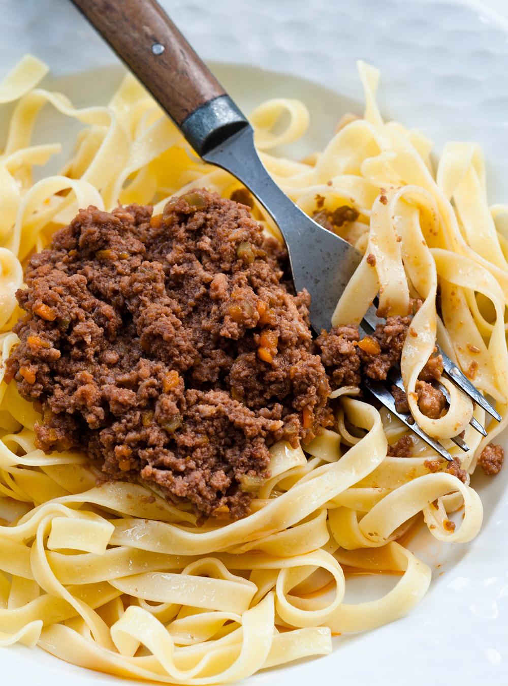 Lasagnes maison au rago t de boeuf et de veau la recette facile recette - Duree cuisson cote de boeuf ...
