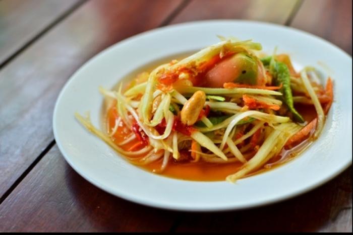 Recette de salade de papaye verte et gambas facile et rapide