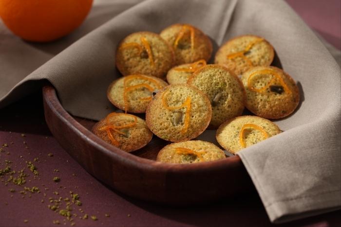 Recette de mini financiers à la pistache et oranges confites facile et ...