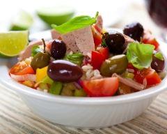 Recette salade de riz, thon et légumes du soleil