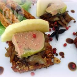 Recette foie gras sur pain d'épices et oignons balsamiques ...