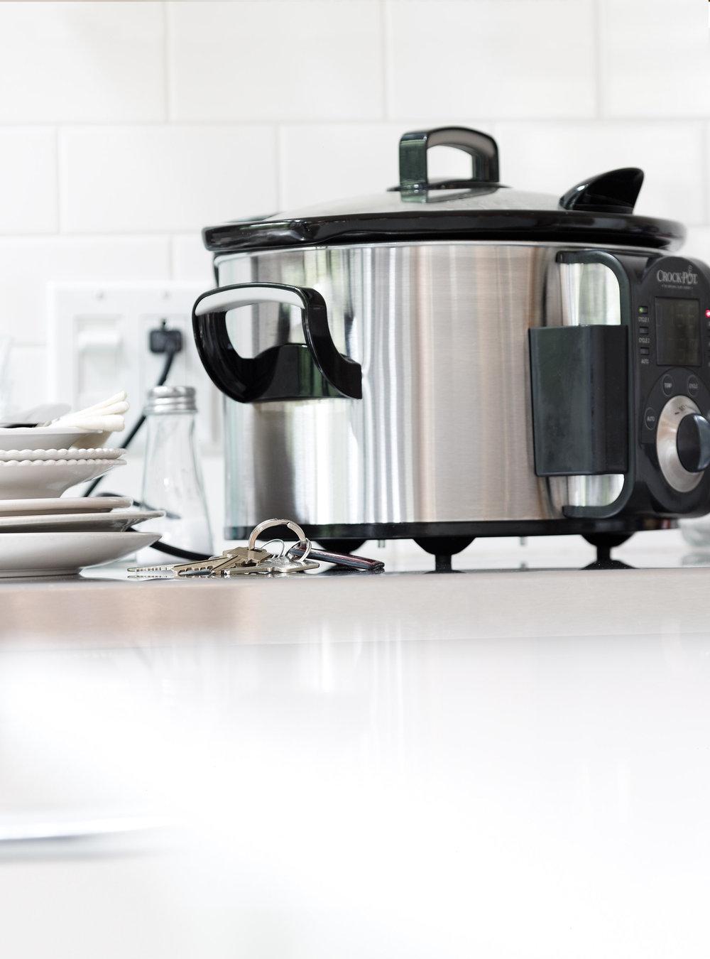 coquelet aux champignons et aux lentilles pour 4 personnes recette. Black Bedroom Furniture Sets. Home Design Ideas