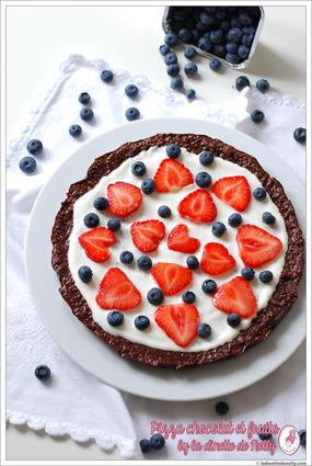 Recette de pizza chocolat et fruits rouges sans gluten et sans cuisson