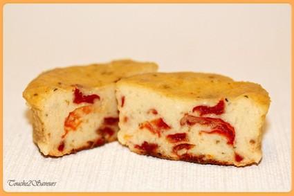 Recette de cake ricotta, tomates séchées et basilic