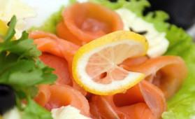 Saumon fumé en salade pour 4 personnes