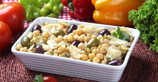 Recette de salade de pois chiches à la morue