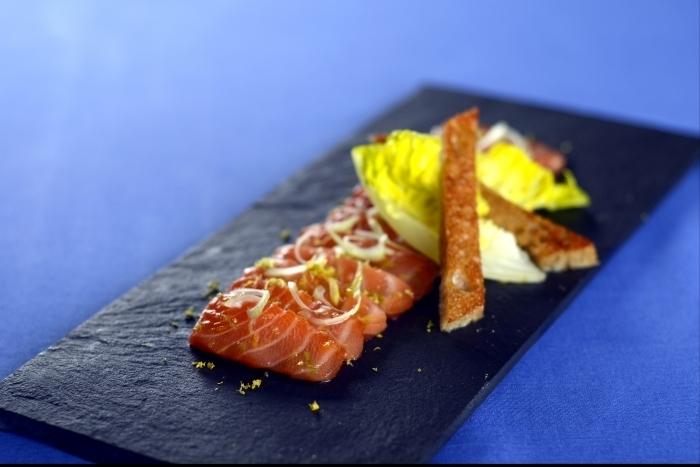 Recette de gravlax de saumon rapide