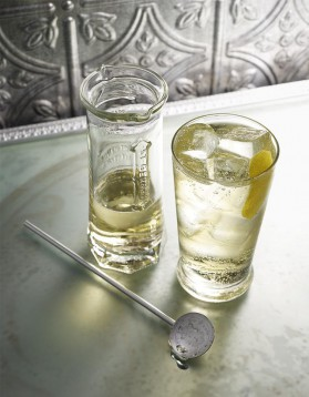 Cocktail à la liqueur de sureau pour 1 personne