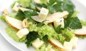 Salade aux poires et au roquefort pour 4 personnes