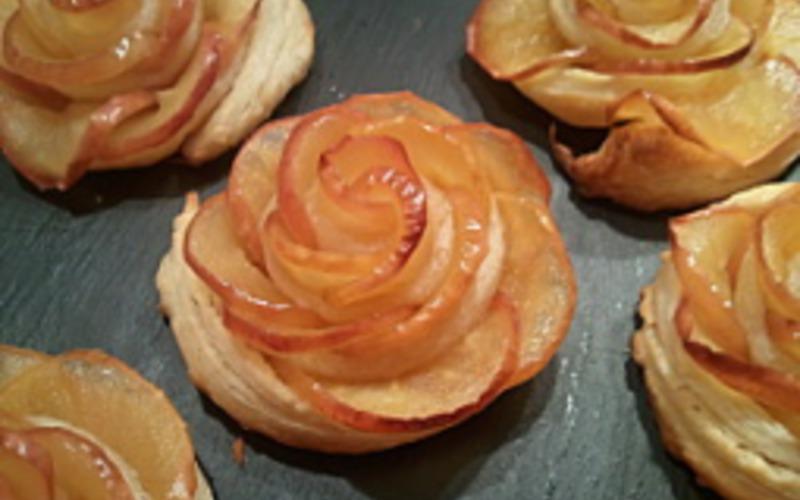 Recette Roses Feuilletees Aux Pommes Pas Chere Et Simple Cuisine