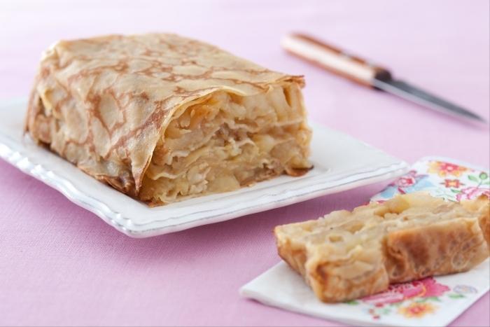 Recette de gâteau de crêpes aux pommes facile et rapide