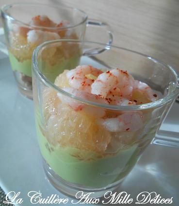 Recette des verrines crème d'avocat, pamplemousse et crevette