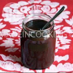 Recette pâte à tartiner au chocolat noir et aux noisettes