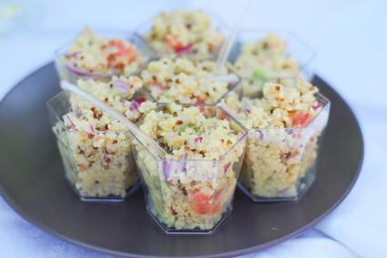Recette de verrines de quinoa, avocat et pamplemousse