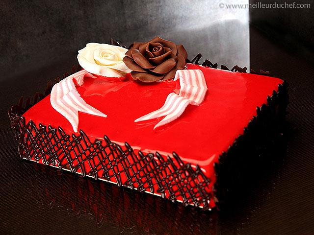 Gâteau d'anniversaire  fiche recette avec photos  meilleurduchef ...