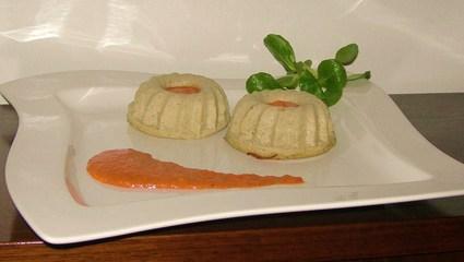 Recette de flans d'aubergine sur coulis tomate-poivron