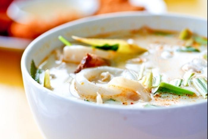 Recette de tom yam kung (soupe aigre-douce aux crevettes à la ...