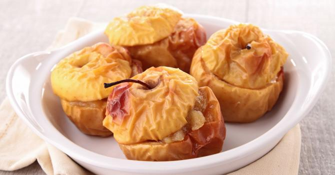 Recette de pomme au four cœur de fraise