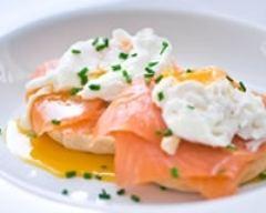 Recette oeufs pochés au saumon frais