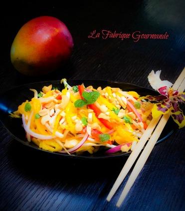 Recette de salade thaï à la mangue ou som tum mamuang